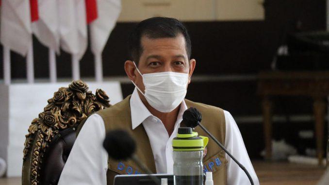 Ketua Satgas Penanganan COVID-19 Nasional Doni Monardo menghadiri rapat koordinasi penanganan COVID-19 di Provinsi Gorontalo pada Rabu (7/10). (kanalbali/BNPB)